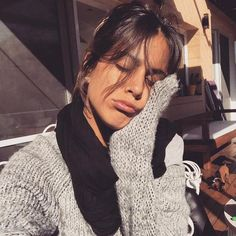 #martinastoessel - Búsqueda de Twitter Celebrity Outfits, Fingerless Gloves, Arm Warmers, Crochet, Beautiful, Singers, Wallpaper, Twitter, Fashion