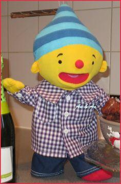 Overhemd en spijkerbroek voor Puk   info: www.poppenmode.com