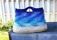 Crochet this large tote along with the designer. Easy to make. Fun event.