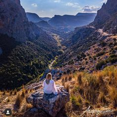Please check our amazing site :www.amazingevia.com Famous Waterfalls, Top View, Exploring, Grand Canyon, River, Autumn, Island, Mountains, Amazing
