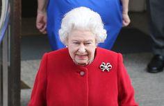 John Prescott has suggested Britains Queen Elizabeth should abdicate -