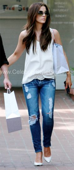 Kate Beckinsale Style and Fashion - Dylan George Lucy Low Rise Skinny Jean in Czar Wash on Celebrity Style Guide- love her!