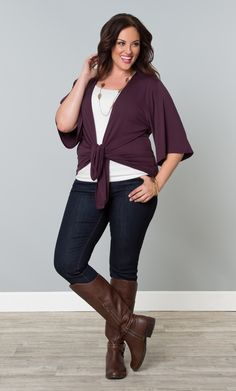 Our plus size Sunday Afternoon Bellini is perfect for transitioning into fall.  Kimono style sleeves and an angled front hem keeps you stylish and comfortable.  Tie the front loosely, keep it open or cinch the waist with the included tie; the choice is yours.  #KiyonnaPlusYou  #Plussize  #MadeintheUSA  #Kiyonna