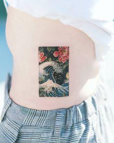 Finger Hand tats, Hand tattoos for women small, Back o… Mini Tattoos, Dream Tattoos, Future Tattoos, Body Art Tattoos, Small Tattoos, Sleeve Tattoos, Finger Tattoos, Tattoo Sleeves, Form Tattoo