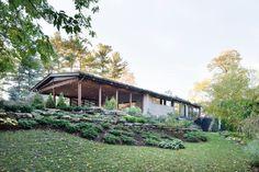 Du Tour Résidence by Open Form Architecture and interior design practice FX Studio - Canada