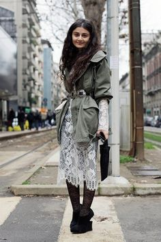 casual lace street-style