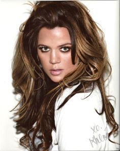 khloe kardashian -LOVE LOVE LOVE this hair color combo..dark roots and strands and the rest is a golden blonde!
