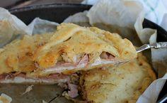 Torta salata carciofi e prosciutto Facile e veloce, un salva cena molto saporito perfetto sia come antipasto/aperitivo salato che come secondo piatto o anc