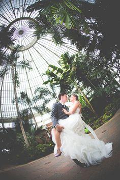 Chelsea & Matt @ Botanical Gardens & Pearl Street – Buffalo Wedding Photography