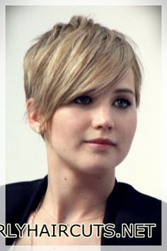 Short Pixie Haircuts for Women Click for other hair styles https://www.shortcurlyhaircuts.net/short-pixie-haircuts-for-women/