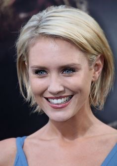 "Nicky Whelan showed off her textured bob while attending the ""Nightmare On Elm Street"" premiere."