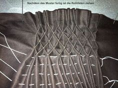 How To Do Canadian Smocking Smocking Tutorial, Smocking Patterns, Dress Sewing Patterns, Vintage Sewing Patterns, Embroidery On Clothes, Embroidery Fabric, Embroidery Designs, Machine Embroidery, Techniques Couture