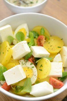 Salata everything bagel chicken salad food Eggplant Dip Recipes, Roasted Eggplant Dip, Healthy Eating Recipes, Vegan Recipes, Good Food, Yummy Food, Salad Recipes For Dinner, Everything Bagel, Alkaline Foods