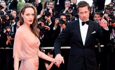 Angelina Jolie's Secret Plans For Family's Future Led To Divorce, Not Brad Pitt's Actions ->> Brad And Angie, Brad Pitt And Angelina Jolie, Famous Couples, Couples In Love, Illuminati, Angelina Jolie Wedding, Celebrity Diets, Hollywood Couples, Hugh Jackman