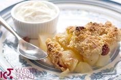Deser z pieczonych jabłek. Z ciastem kruchym, z rodzynkami i cynamonem. Zdrowy i lekki deser owocowy. Najlepszy deser dla dzieci