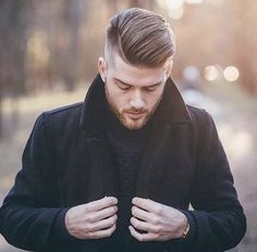 A full beard and a cool haircuts is the epitome of manliness. Here are 30 of the latest Sexy beards and hairstyles for men to give you some inspiration. Mens Medium Length Hairstyles, Mens Hairstyles With Beard, Short Hairstyles, Popular Hairstyles, Cool Haircuts, Haircuts For Men, Trending Mens Haircuts, Hair Styles 2016, Long Hair Styles