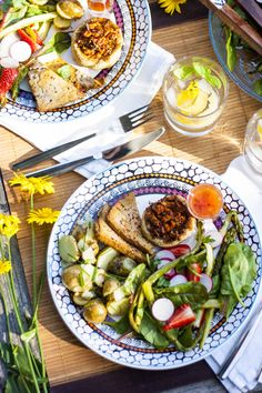 juhannus Sabbats, Cottage Style, Avocado Toast, Cool Kitchens, Cobb Salad, Summer Time, Healthy Recipes, Healthy Food, Feel Good