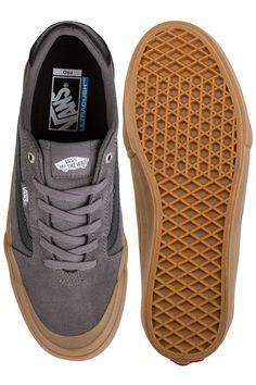 Vans Style 112 Pro Shoes for men at skatedeluxe Skateshop Puma Platform, Platform Sneakers, Vans Pro, Vans Sneakers, Vans Shoes, Blue Dresses, Dress Blues, Vans Style, Guys And Girls