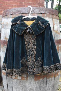 1880's Victorian Child's Cape - http://cabinetofcuriosities.ca/shop/vintage-clothing/1880s-victorian-childs-cape/