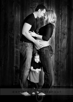 Cute shot for family maternity session