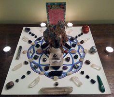 Crystal Magic, Crystal Grid, Magical Thinking, Full Moon, Paradise, Patterns, Crystals, Friends, Heart