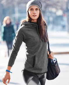 Yoga Clothes : Sentry Hoodie Sweatshirt and Sonar Magnetic Tight Sporty Outfits, Athletic Outfits, Cute Outfits, Sport Fashion, Fitness Fashion, Looks Academia, Athleisure Wear, Athletic Fashion, Athletic Style