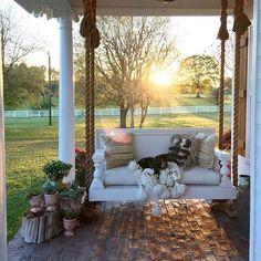 design pergola, 8 Stunning Master of Modern Farmhouse Style Decorating Ideas Style At Home, Country Style Homes, Southern Style, Country Life, Country Living, St Style, Southern Living, Modern Farmhouse Style, Farmhouse Style Decorating