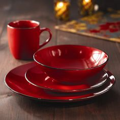 Google Image Result for http://img2.wfrcdn.com/lf/49/hash/11321/4197181/1/American-Atelier-Classic-Piping-16-Piece-Dinnerware-Set.jpg