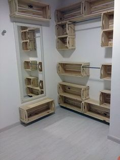 Home Design Interior and Outdoor Decoration Wood Crates, Wood Pallets, Pallet Wood, Wooden Boxes, Wood Wood, Diy Casa, Box Houses, Pallet Shelves, Crate Shelving