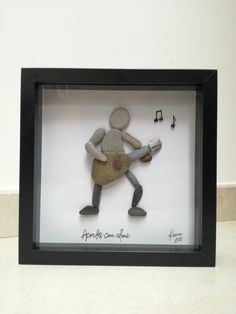 Guitar player, a gift for a special friend. Sea Glass Crafts, Sea Crafts, Sea Glass Art, Stone Pictures Pebble Art, Stone Art, Diy Wall Art, Diy Art, Special Friend Gifts, Beach Rock Art