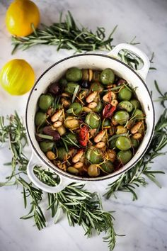 Warm olives with rosemary, garlic, and almonds - a simple, delicious appetizer that is full of amazing flavor, that can be made very quickly and easily! Popular Appetizers, Thanksgiving Appetizers, Healthy Appetizers, Appetizers For Party, Healthy Recipes, Appetizer Recipes, Easy Recipes, Snack Recipes, Eggplant Caponata