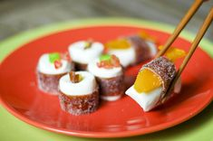 Fun candy sushi project I really want to try. Looks amazing and probably tastes good.