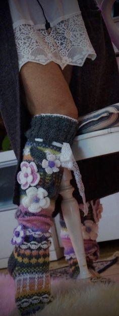 Sekalaisia kuvia sukista,joululta ja elämästäni nyt !   Talvi on tullut ja kovat pakkaset jo tois...