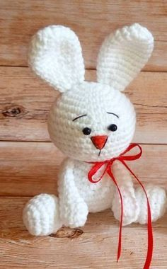 White rabbit amigurumi pattern