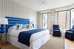Rachel Reider Interiors - bedrooms - Navy Chain Link Wallpaper, white and blue bedroom, accent wall, bedroom accent wall, curtains and valan...