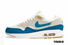 nike-air-max-1-summit-white-shaded-blue-sandtrap-01