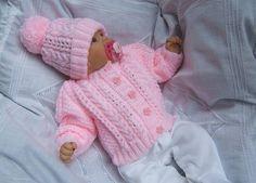 Новости Knit Baby Dress, Baby Patterns, Baby Knitting Patterns, Knit Art, Baby Born, Arm Warmers, Baby Hats, Fingerless Gloves, Crochet Hats