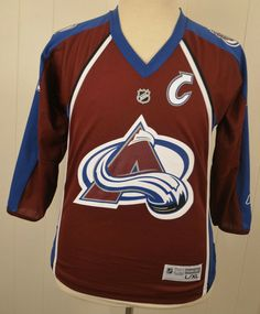 83badf424 Reebok Colorado Avalanche Jersey  19 Joe Sakic NHL Hockey Sweater Youth  Large XL