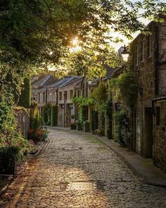 The enchanting path ~ Edinburgh, Scotland. Photo by Places Around The World, The Places Youll Go, Places To See, Places To Travel, Travel Destinations, Around The Worlds, Travel Tourism, Air Travel, Travel Photographie