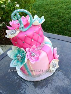 Awesome DIY Birthday Cake Ideas for the Homemade Cake Decorating Enthusiast - Delicious Homemade Beautiful Birthday Cake With Bling Diy Birthday Cake, Beautiful Birthday Cakes, Gorgeous Cakes, Pretty Cakes, Cute Cakes, Amazing Cakes, 30th Birthday, 18th Birthday Cake For Girls, Hippie Birthday