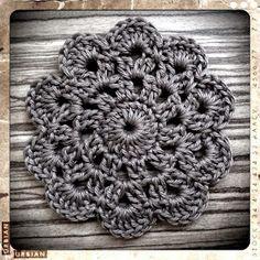 bandorka: Háčkovaný podšálek Knit Crochet, Crochet Earrings, Knitting, Lace, Handmade, Crocheting, Blue Prints, Hand Made, Tricot