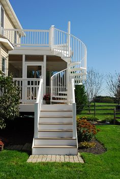 20 Amazing Decks With Spiral Staircase Designs | Spiral Staircases,  Staircases And Decking