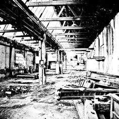 #edificidismessi: le storiche officine Gozzini di Santa Croce sull'Arno producevano macchinari per conceria e le esportavano in tutto il mondo... Anche qui l'assoluta assenza di riferimenti non permette di capire a cosa fosse adibita l'area...