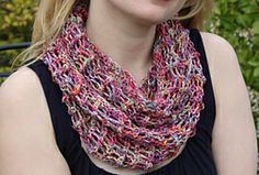 Free pattern on Ravelry: Roots Cowl by Shaina Bilow