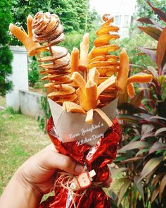 Food bouquets are an Instagram trend you need in your life.
