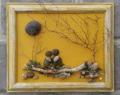 Artículos similares a Arte de piedra / cadena de arte rupestre de flores (todos materiales naturales incluyendo reclamado madera, guijarros, ramitas) aprox 24 x 4.  ENVÍO GRATUITO en Etsy