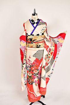 振り袖と袋帯、帯揚げ、帯締めをセットにした姉妹屋セレクトの振り袖コーデをお届けします!