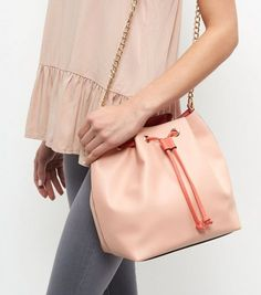 Coral Contrast Chain Strap Duffle Bag | New Look