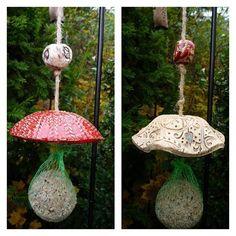 #ceramic #ceramics #ceramica #ceramicas #pottery #keramik #meisenknödelhalter #gardendecor #gartendeko #birdshouse #handmade #handgemacht #dawanda #tonlaedle