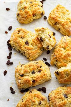 Scones And Jam, Mini Scones, Fruit Scones, Best Dessert Recipes, Fun Desserts, Appetizer Recipes, Appetizers, Easy Party Food, Party Food And Drinks